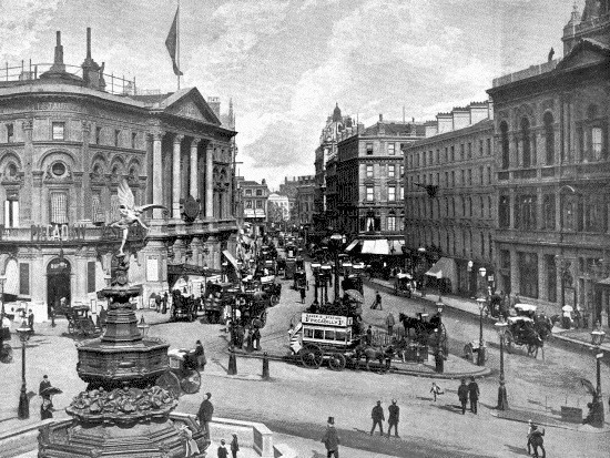 Piccadilly Circus in 1896, with the fountain its original position.