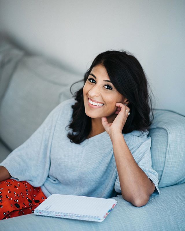 Meet Krupa; a very talented BBC journalist (who you often can spot hosting the evening news) and also my lovely sister-in-law. We've been meaning to do a photo shoot for a while, and today we finally managed to get our act together! This capture is a quite typical scene in her favourite couch, writing away! 😊 Find her over at @krupa_bbc (and keep an eye out on the BBC news at 10 😉) #journalistheadshots #bbcjournalist #personalbrandingphotography #londonheadshots #londonheadshotphotographer #femaleentrepreneur #creativeheadshots #businesswoman #womeninbusiness #brandstylist #londonphotographer #wlwm2019
