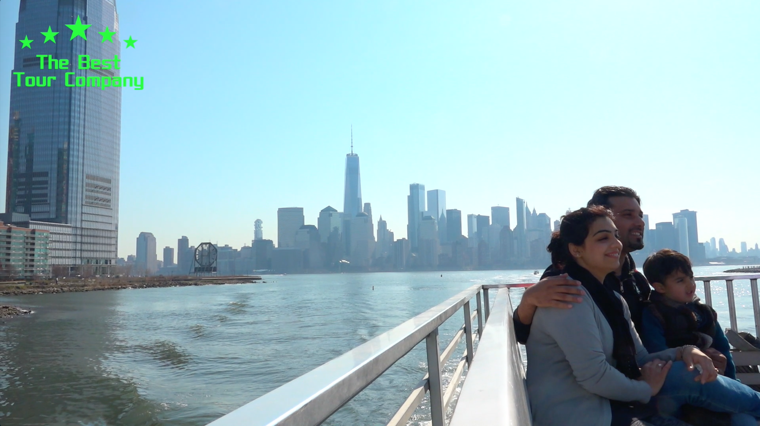 Unbeatable views of the New York Skyline exclusive to The Best Tour Company's Ultimate Downtown & Harbor Experience Tour...