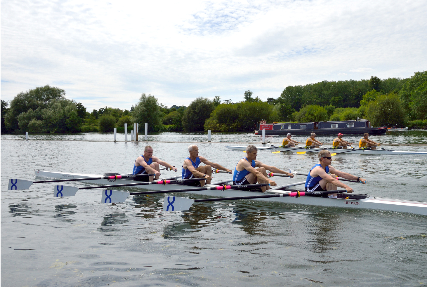 MASTERS SQUAD - The Masters group is one of our strongest rowing groups, made up of exerienced and well decorated rowers that manage their own training and rowing commitments outside of 'squad life'. Extremely active, our Masters train up to four times a week on week days and up to twice at the weekend. They compete in the majority of local head races and regattas bringing home medals and pots in all boat categories from eights to singles.Both our Men and Women's Masters crews are friendly, welcoming and love a post-row brunch at the weekend.