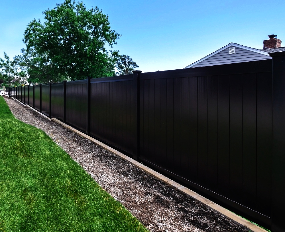 Black Vinyl Fence - Attract Attention With This Black Beauty