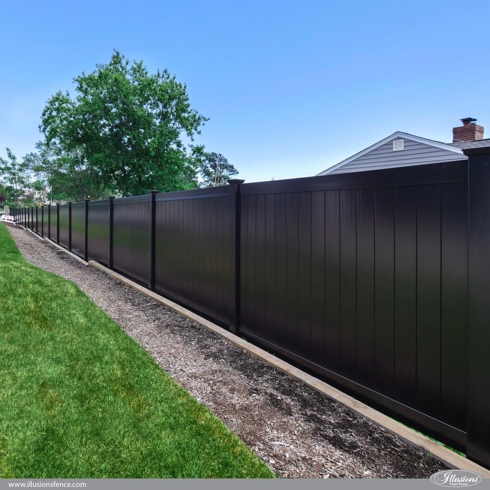 Black-PVC-Vinyl-Privacy-Fence.jpg