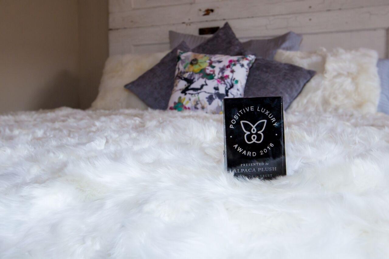 Suri Fur Comforter in Pearl White