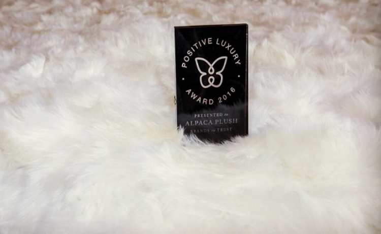 Suri Alpaca fur throw. fur blanket in Pearl White