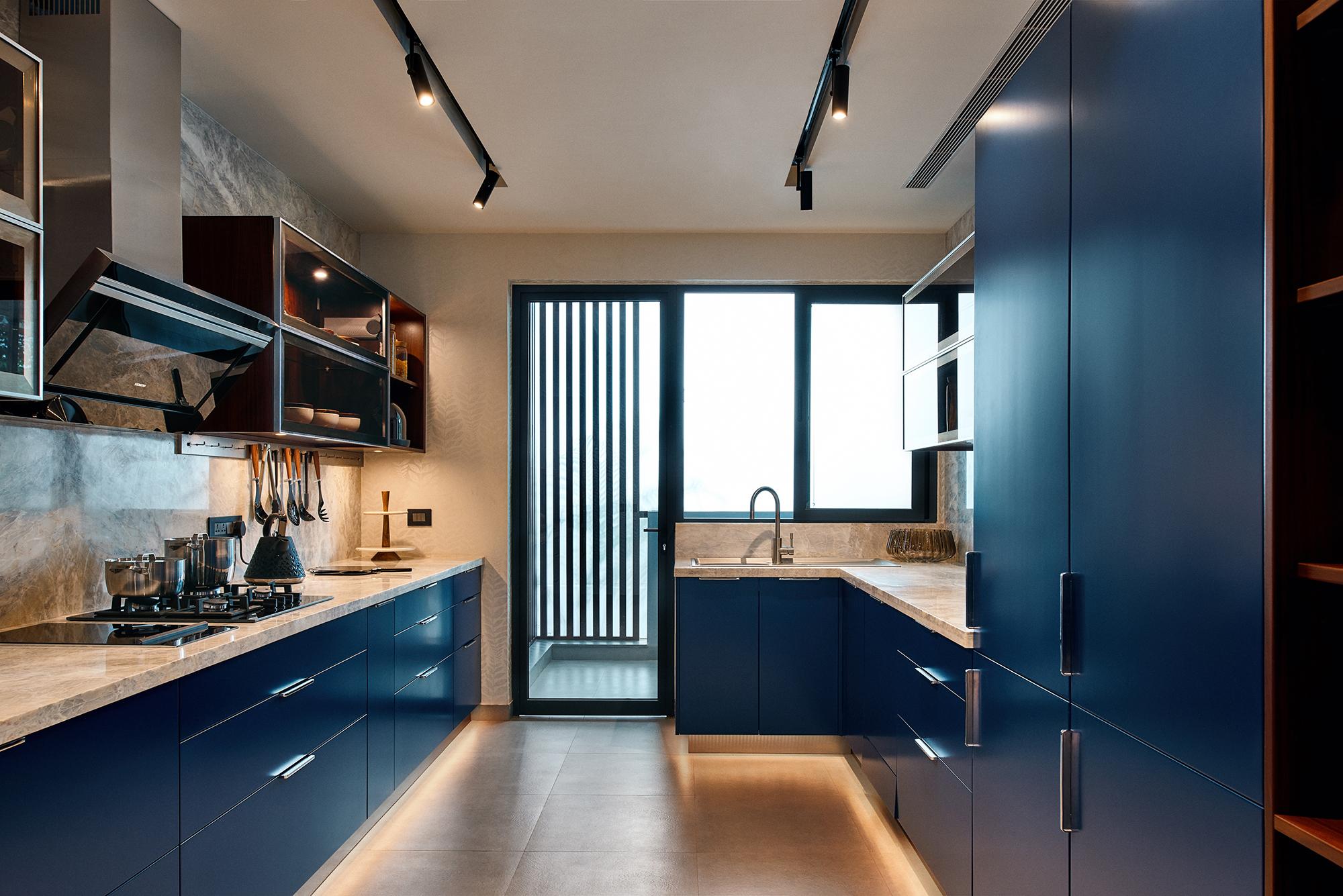 PG - Main Kitchen 2.jpg