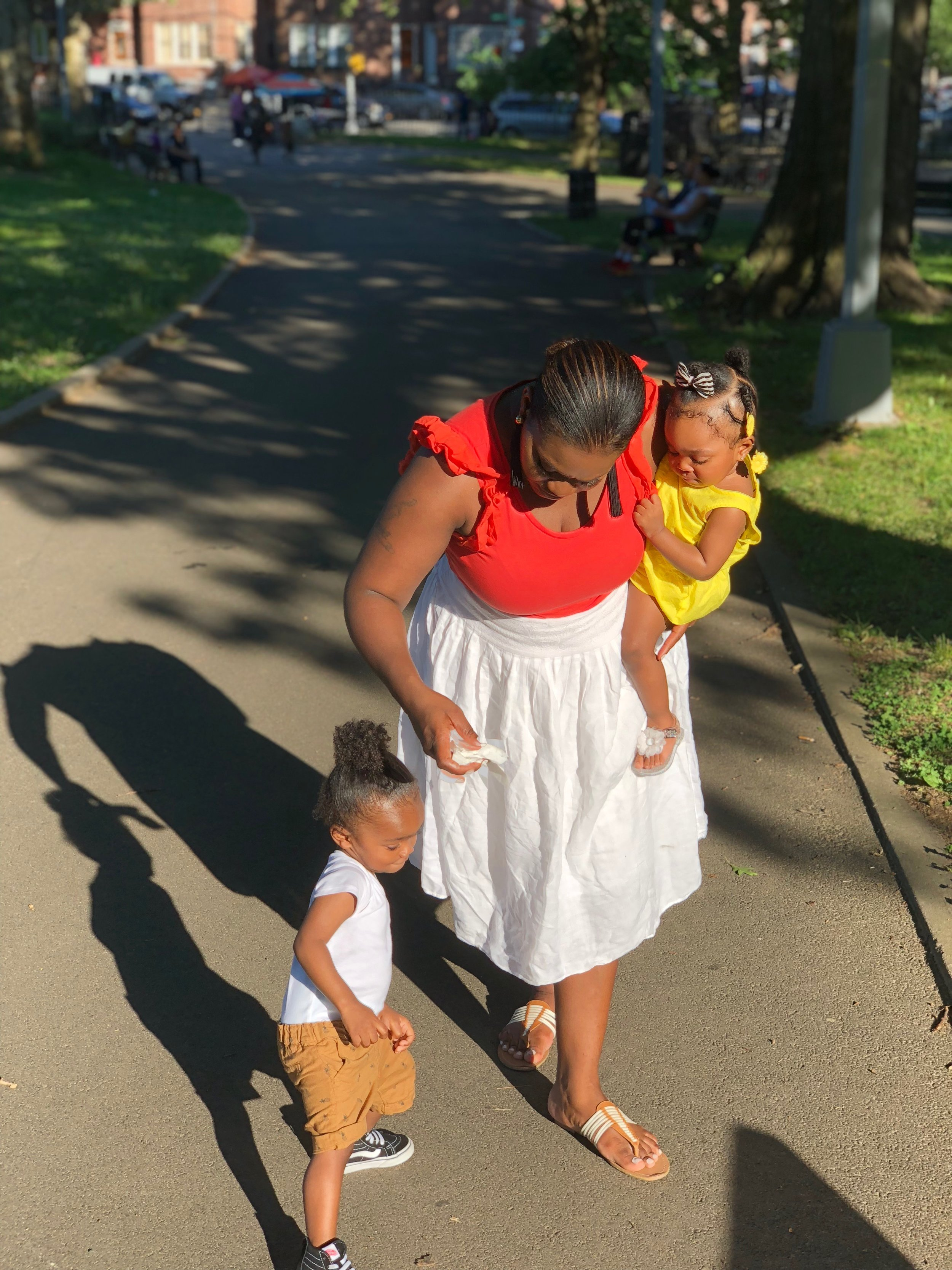 Mom Pearls Tru Tivon &Zion Reign - I really did not think that I was going to be able to handle it, when I brought my baby girl home. I already had a one year old running around the house for goodness sake, what in God's name was I going to do with two under two.Encouragement for Moms ➝