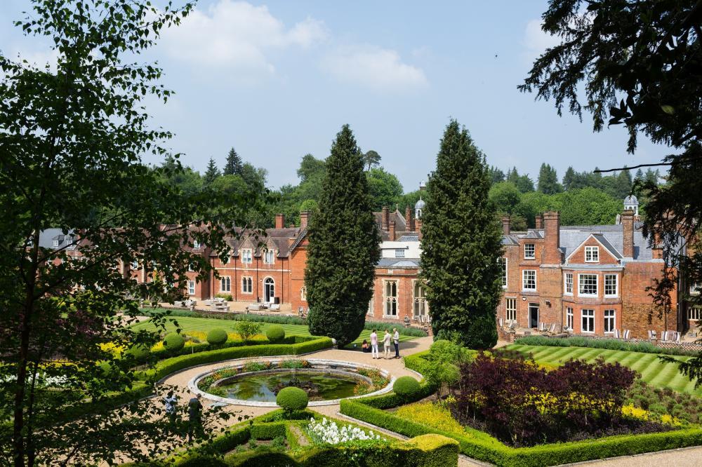 896-(c)-hayley-bray-photography---gardens wotton house surrey.jpg