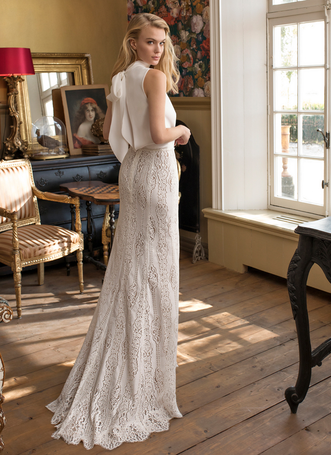 April 30th - Arriving next week! We welcome this vintage gown Dorothy by Modeca to our rails! A stunning vintage wedding dress in Surrey.