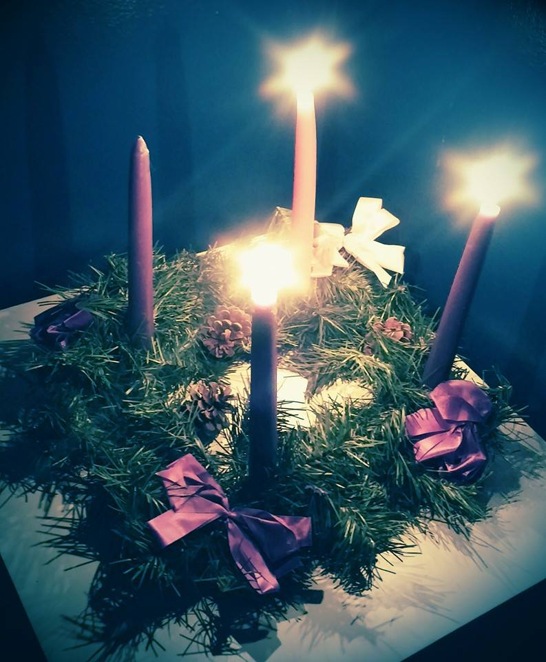 Advent_Wreath_3_Candles.jpg
