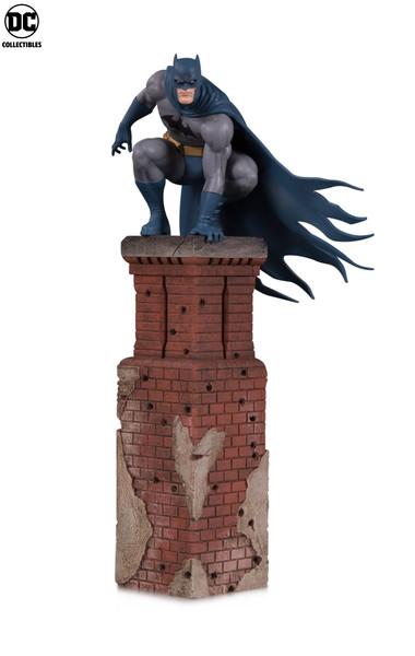 Bat_Family_MP_Batman_v01_5b4e6cf4431b61.99100644.jpg