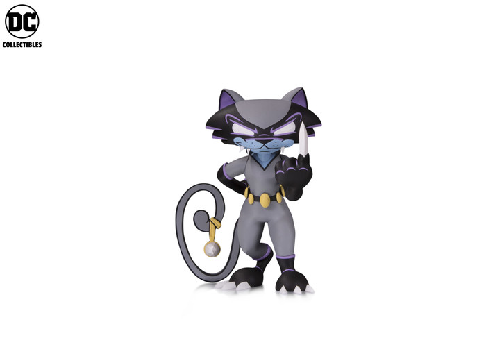 DC_AA_Ledbetter_Catwoman_v01_5b4e69afb87e16.12787216.jpg