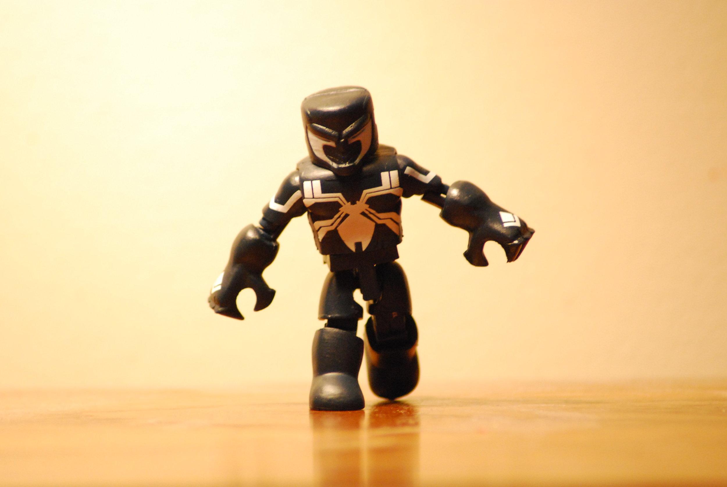 Venom: Space Knight, Esq