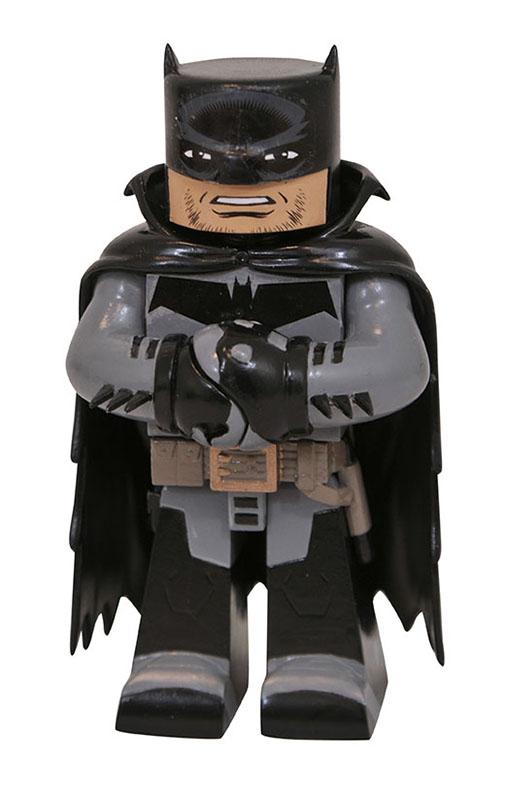 DC_Vinimate_Batman_WhiteKnight.jpg