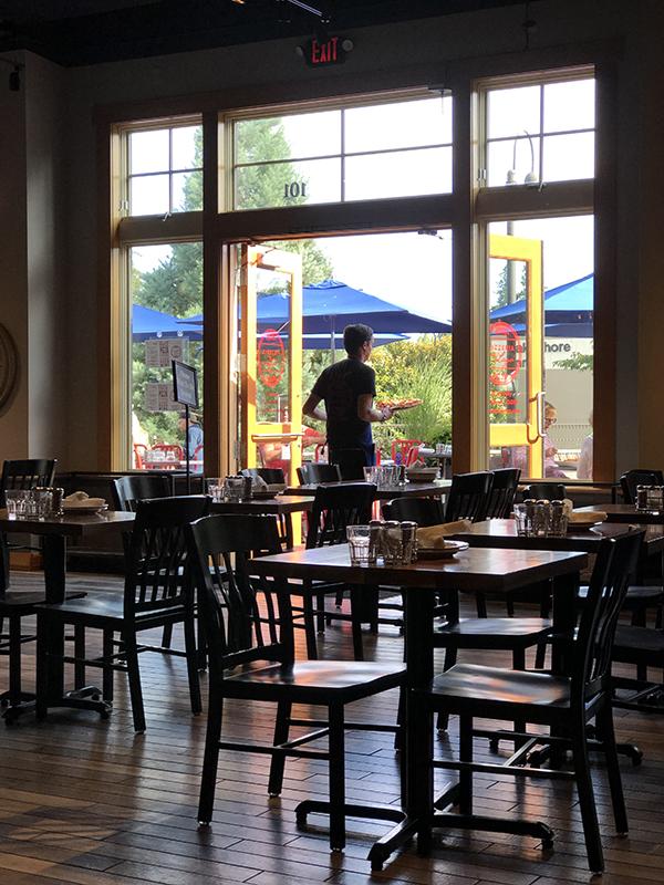 diningroom_600px.jpeg
