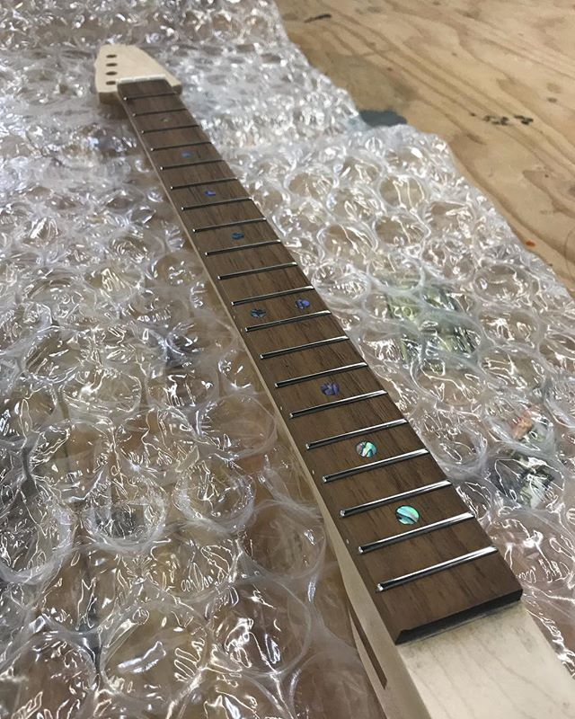 Don't forget, We offer fully fretted and finished necks for your own cigar box guitar project! With many wood and inlay options, our necks are made of the highest quality materials including frets by @jimdunlopusa. Finished with a 3 coat satin polyurethane for the most comfortable feeling CBG neck out there!  Available at www.culebraguitars.com