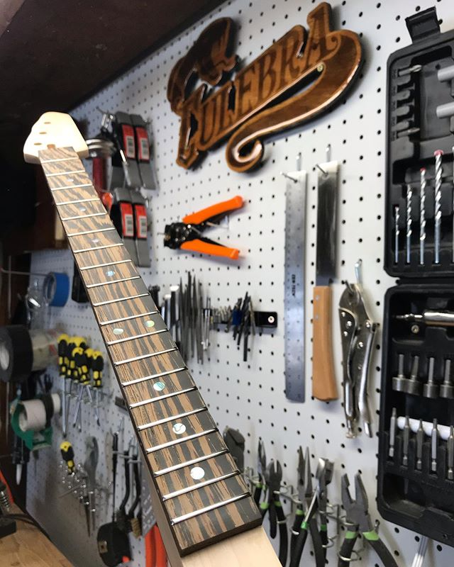 3 string maple neck with a wenge fretboard, @jimdunlopusa frets, and a bone nut, for a customer who will use it to complete their very own custom cigar box guitar build!  Order just a neck at www.culebraguitars.com
