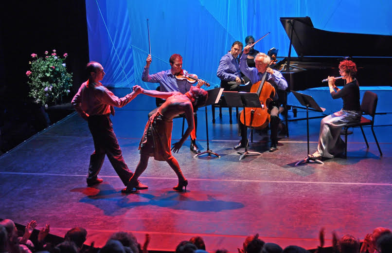 Bach Dancing & Dynamite Society concert (photo by Dick Ainsworth)