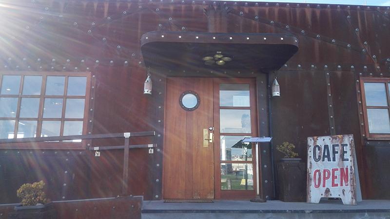 Oamaru-steampunk-cafe.jpg