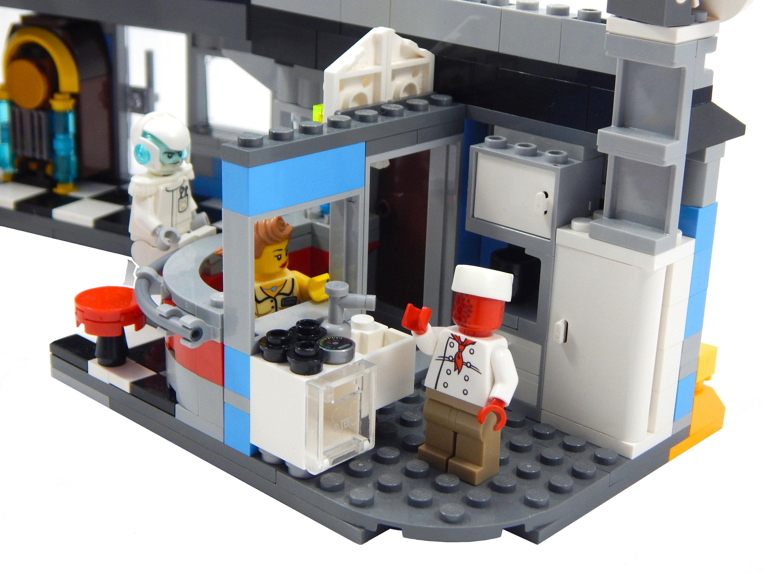 52016 Kitchen.JPG