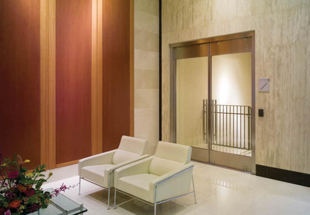 Glass Doors - Narrow Stile Balanced Doors 2.jpg