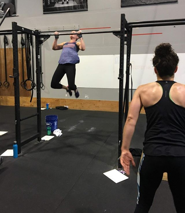 💪one thing you must know before coming in to Cascade... there are a lot of strong ladies here, so you mustn't be intimidated by that sort of thing.⠀ ⠀ Reserve a spot in your first CrossFit Class for FREE via the link in our bio or at www.cascadecrossfit.com 😎⠀ #fitfam #cascadecrossfit #crossfit #northbend #issaquah #snoqualmie #issaquahhighlands #sammamish #fallcity #preston #fitness  #workout #motivation #fit #gym #fitspo #training #exercise #gymlife #fitnessmotivation #getfit⠀