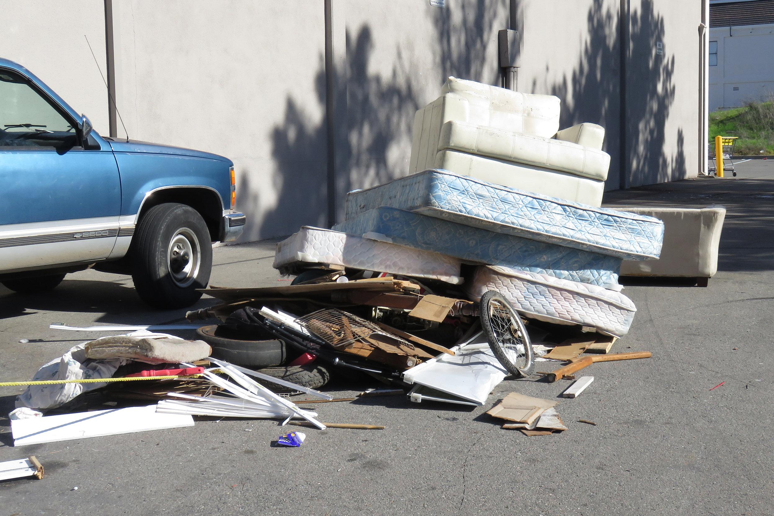Illegal Dumping (3) .JPG