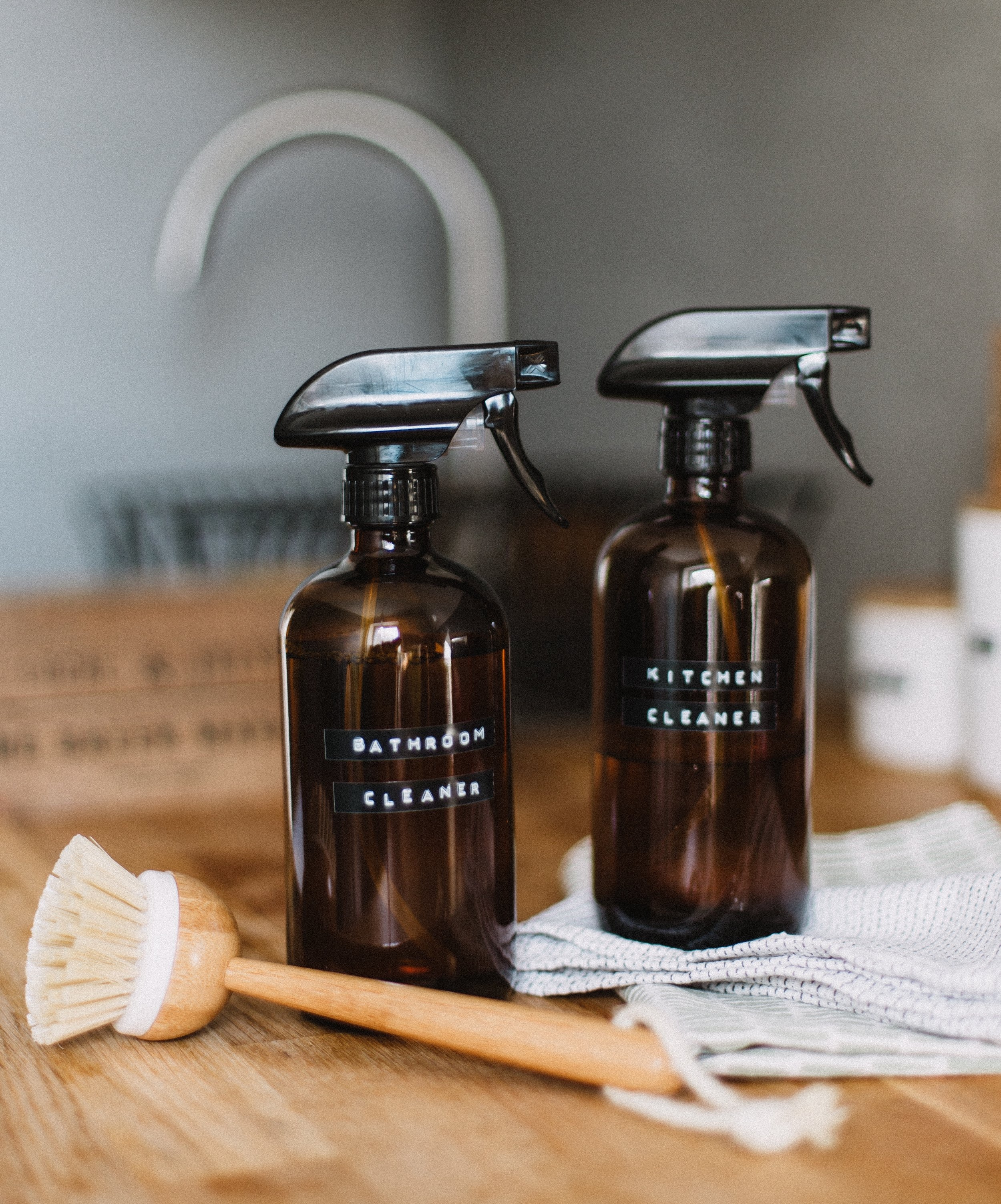 Green +Eco FriendlyCleaning Products - Humble Home TN uses earth friendly products. By using natural products we ensure safety from all bad chemicals, and allow families to avoid any risks that cause health problems.