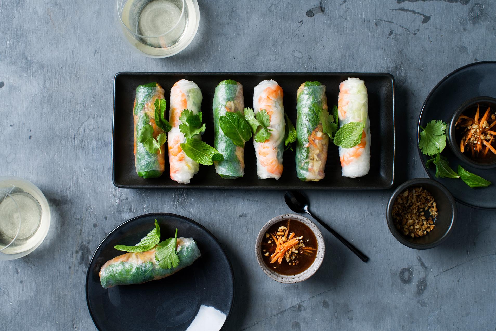 Fresh summer rolls $7.50 (Entr é e, 2 pieces)