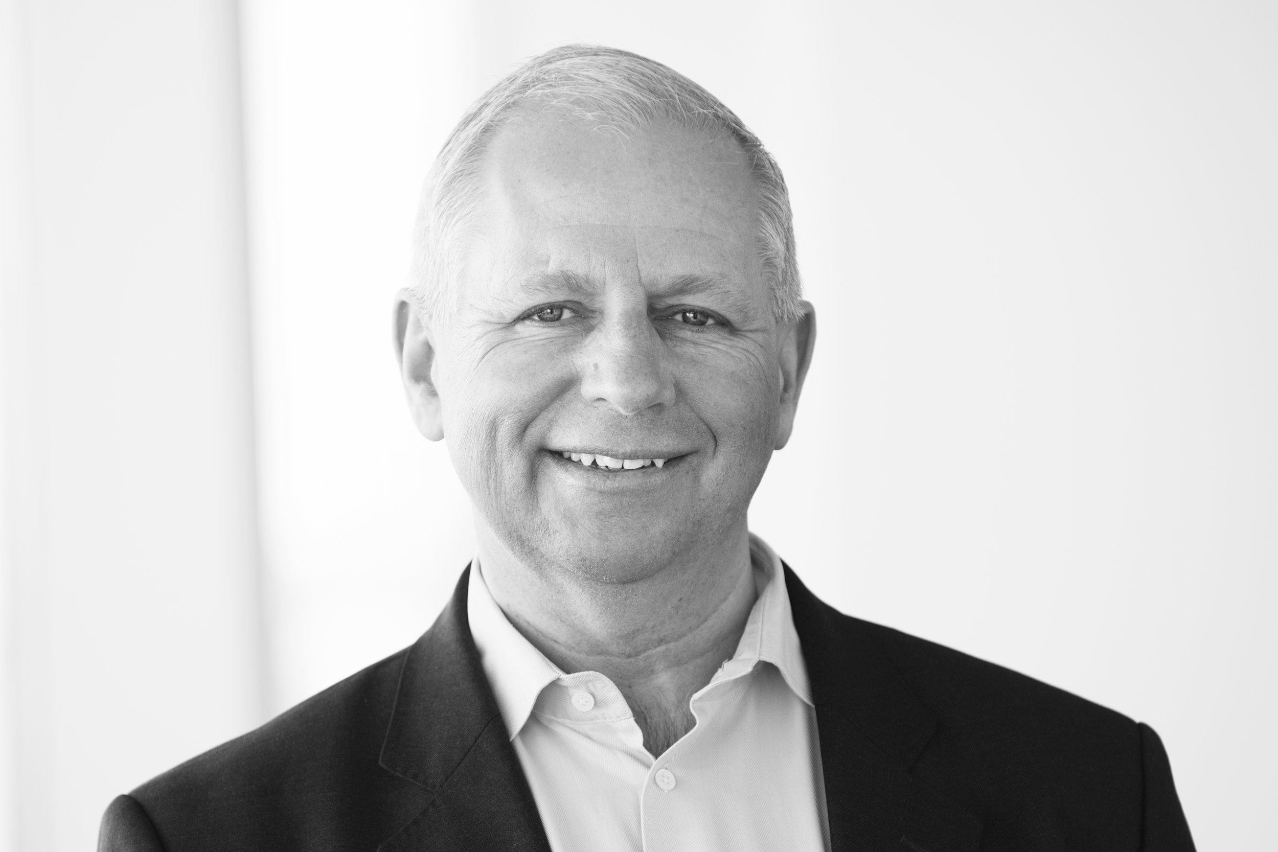 Mikael Forss - Senior AdvisorMikael on työskennellyt terveyspalvelualan yrityksissä sekä julkisella että yksityisellä sektorilla. Hän on muun muassa toiminut strategiapäällikkönä ja CFO:na AstraZenecalla. Karolinska Universitetssjukhusetissä hän on toiminut sairaalajohtajana ja Region Uppsalassa CFO:na. Lue lisää →+46 (0)70 737 39 95 mikael.forss@nordicinterim.com