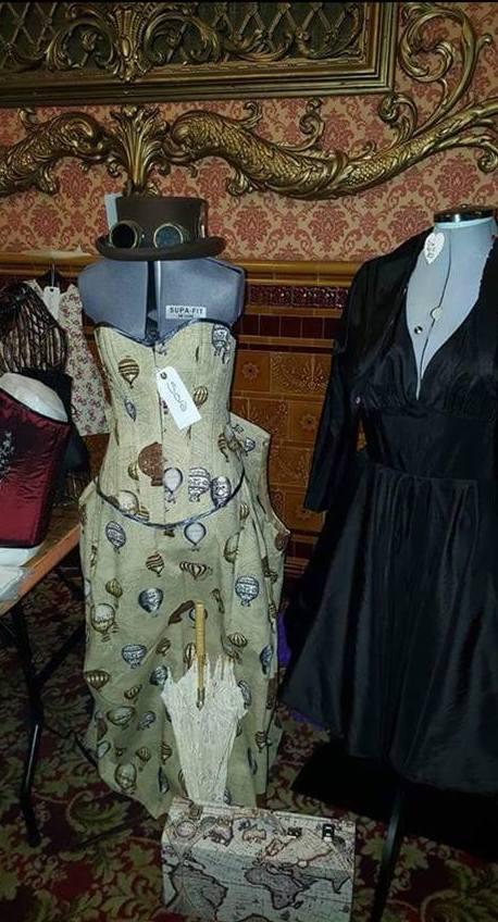julies corsets7.jpg