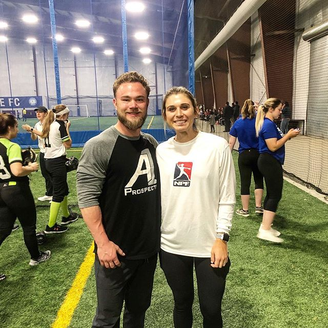 What a great time as well as a honor for @a1prospects to help out USSSA Pro Alex Powers today.  Her career is an inspiring story. After coming of off 2 ACL tears she ended up winning a bunch of awards at FSU and going to play professional softball. What a great story for athletes to never give up.