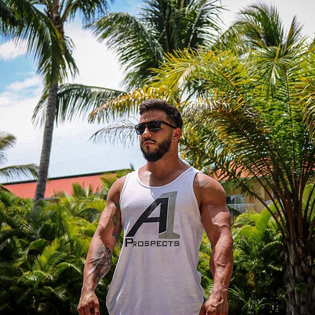Summer is coming! • Get back on track! With the right gear, Supplements, And Training. • With @a1prospects • You have what it takes to be Alpha? Prove it. 👊🏻🇺🇸