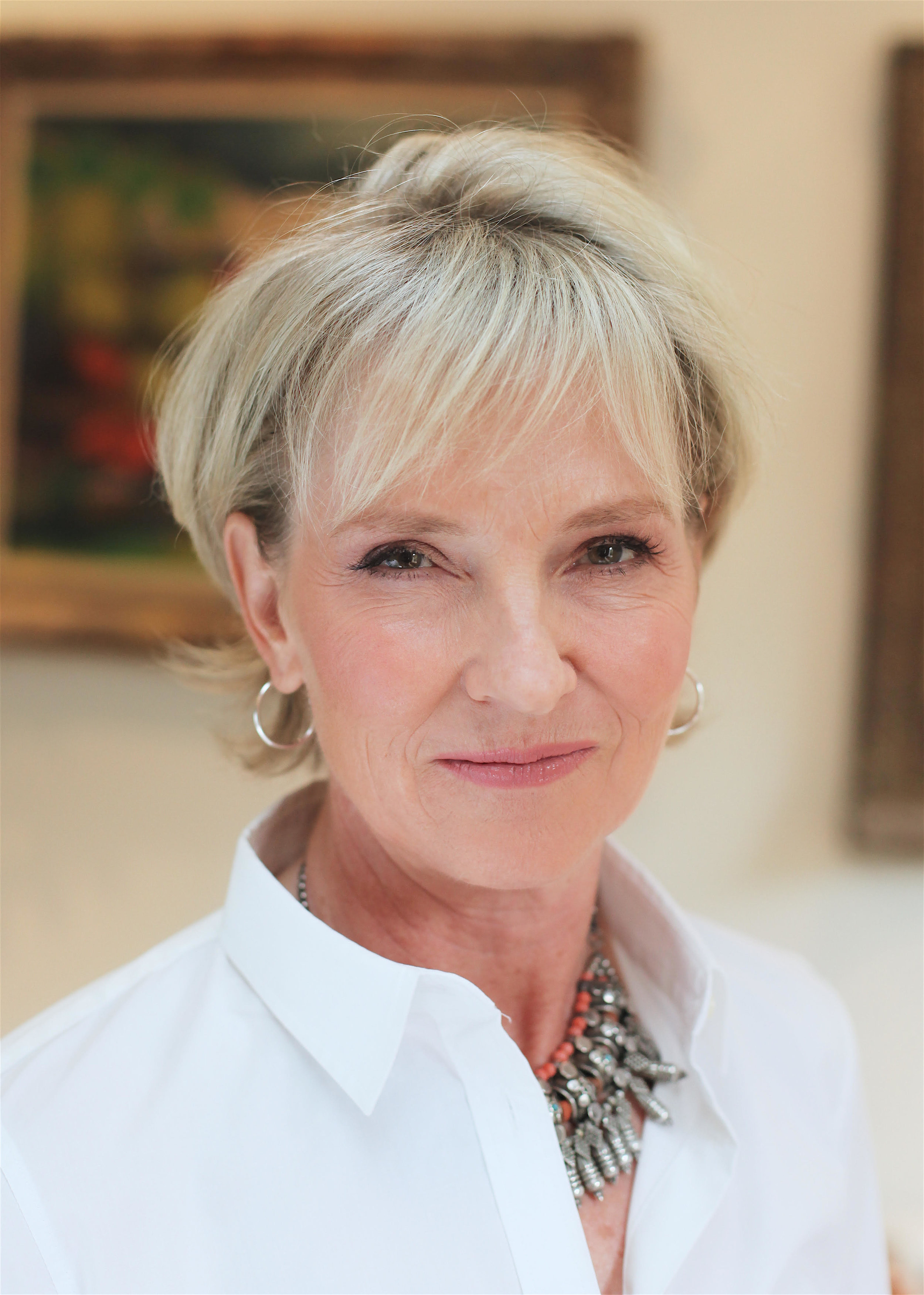 Grief psychotherapist, Julia Samuel MBE, has spent 25 years working with bereaved families
