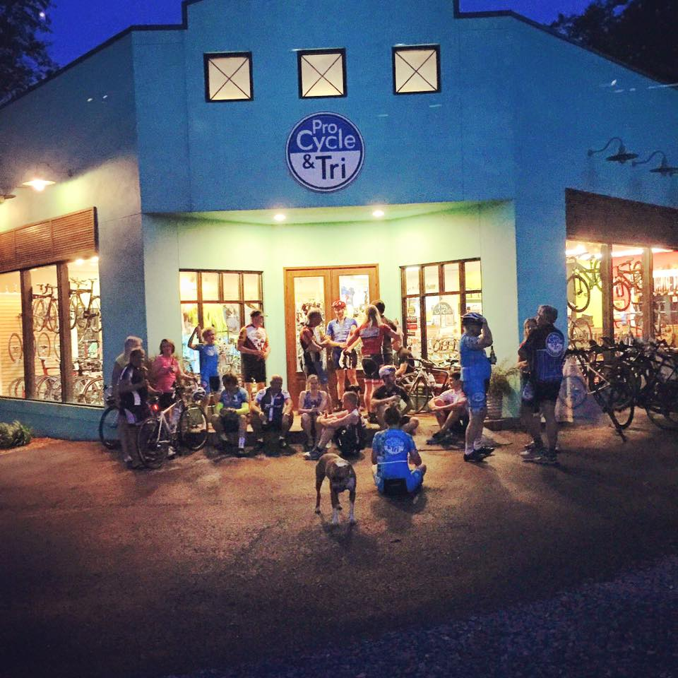 Seasonal Weekly Rides - Tuesday Night Hammerfest (Spring & Summer)Rear lights are required.6:00 pm25 MilesRoute*I have been told that we average 27+mph. That would be awesome, however, we typically average 20+mph. Come play!Thursday Night Social Ride – NO DROP (Spring & Summer)Rear lights are required.6:00 pm20 Miles, 17/18 mphRoute*I, Katie,