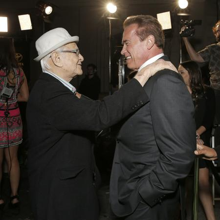 sdut-norman-lear-and-arnold-schwarze-20160906.jpg
