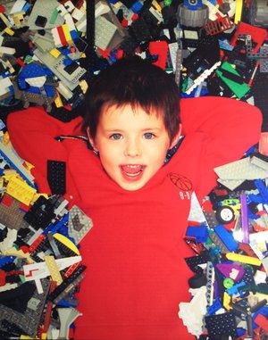 Dak+in+LEGOs.jpg