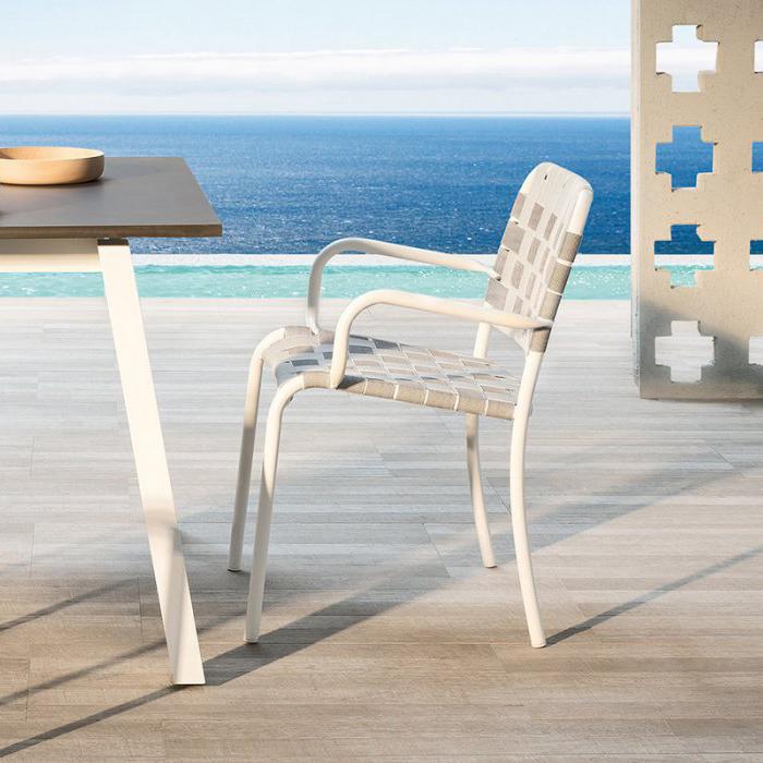 gervasoni inout 824 C - Armchair, stackable matt white with elastic belts.