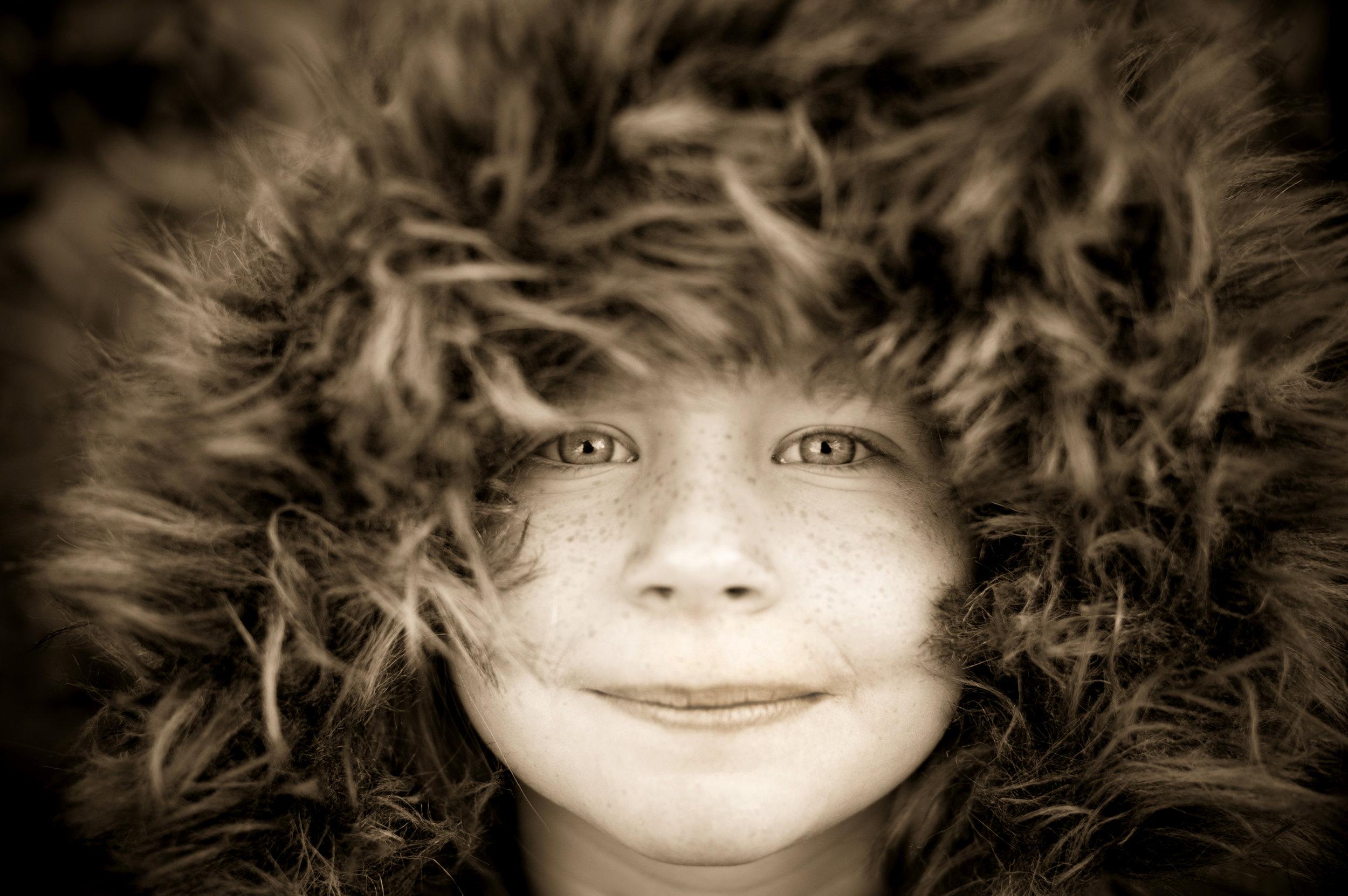 Portrait of child - Black and White Family Portrait - Sarah Wenban Photography
