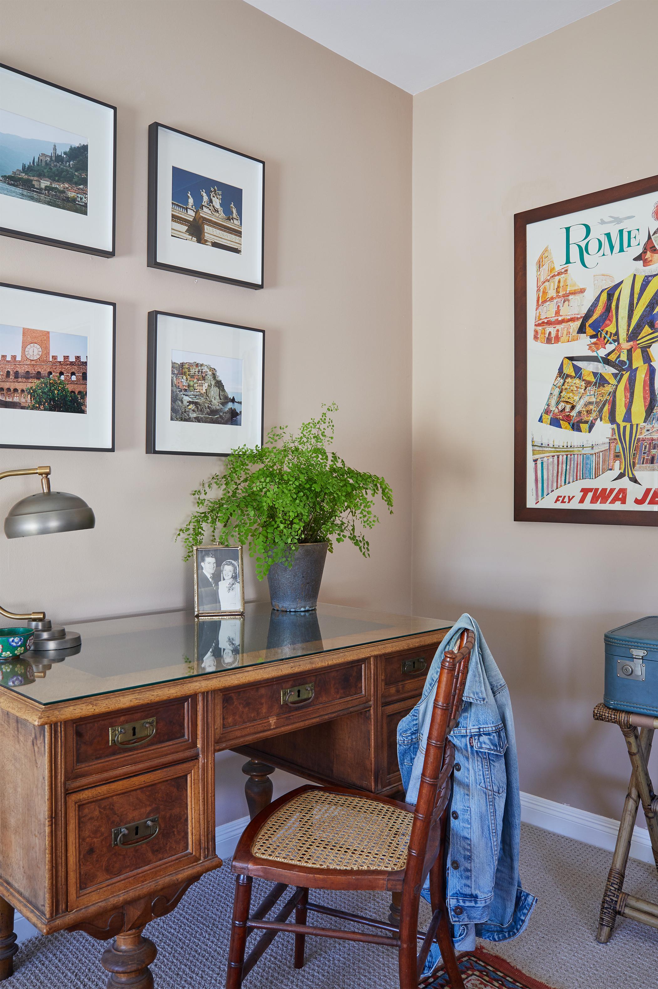 Granada Guest Bedroom smaller3.jpg