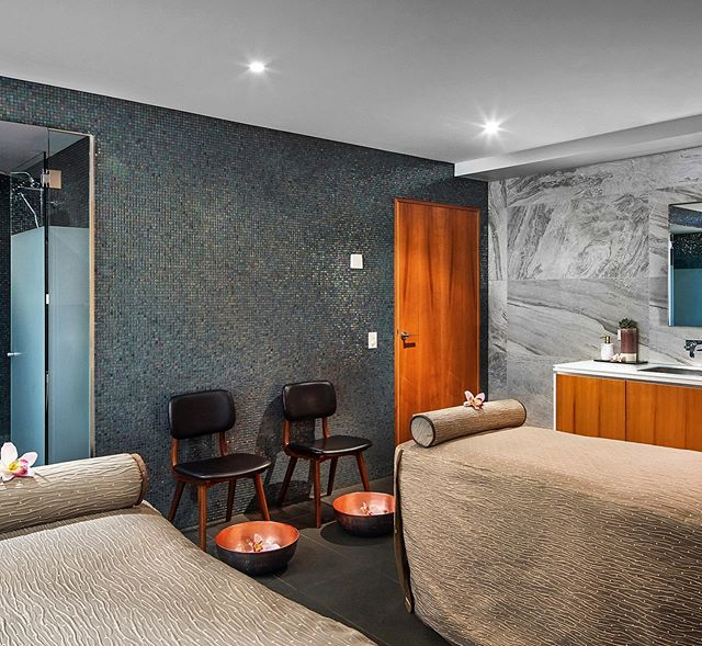 Escape the cold of Melbourne winter and treat yourself to a 90 min massage or facial for only $159. Available for a limited time only. Visit link in bio. T&C's apply.