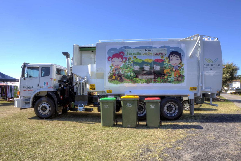 small  truckIjpg.jpg