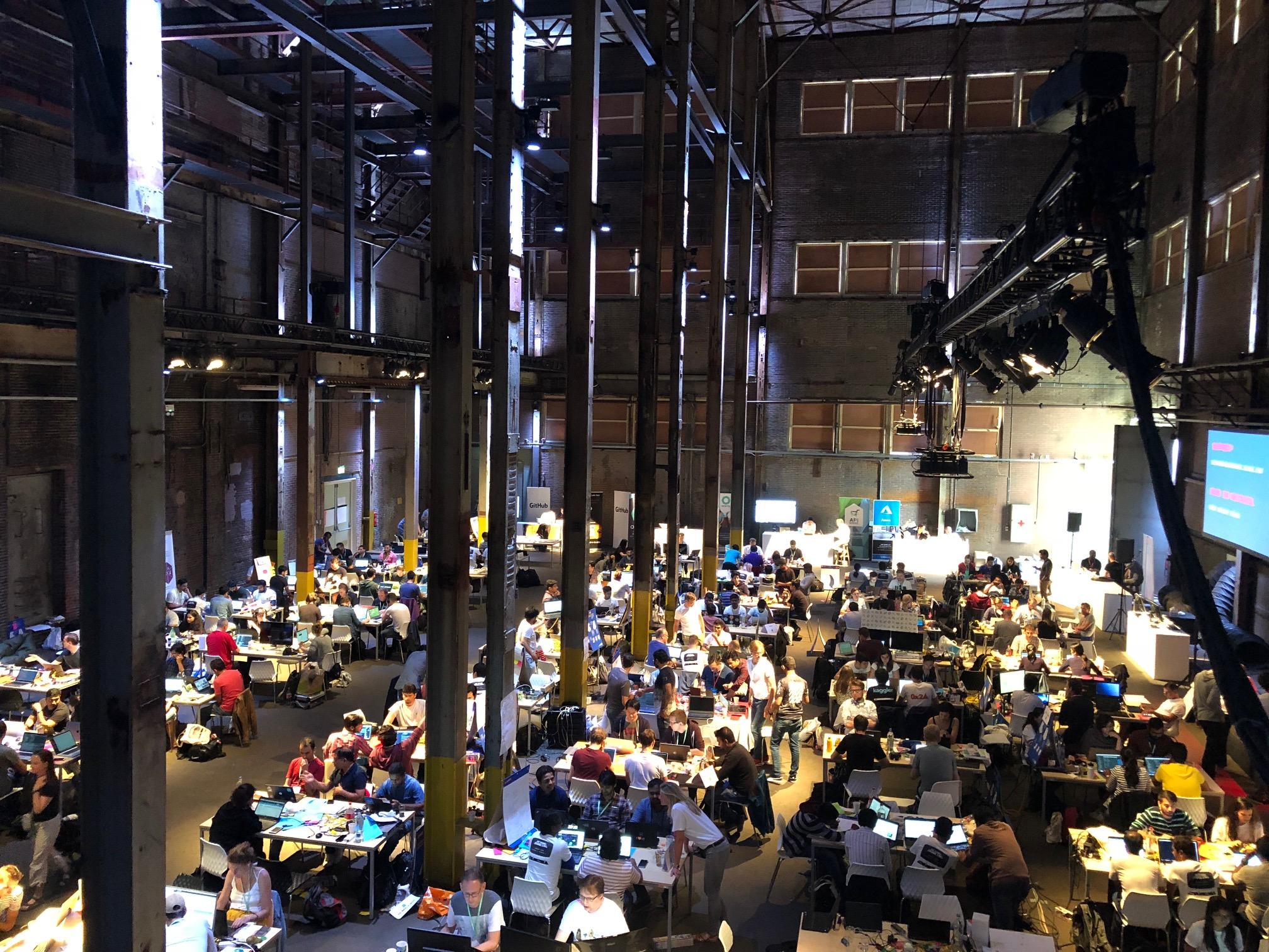 Hackathon 3.jpg