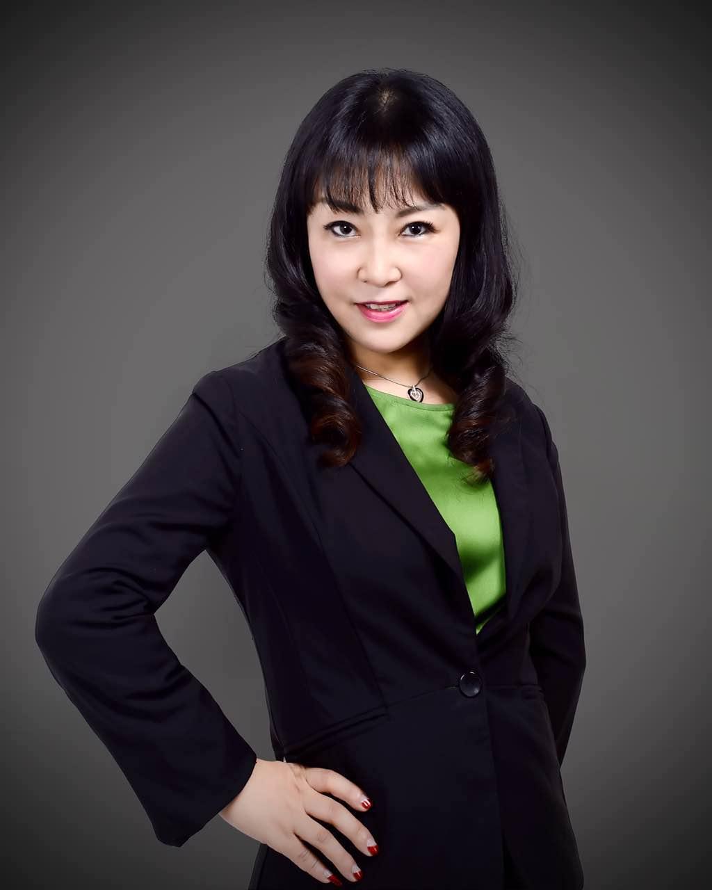 Liza Li.jpg