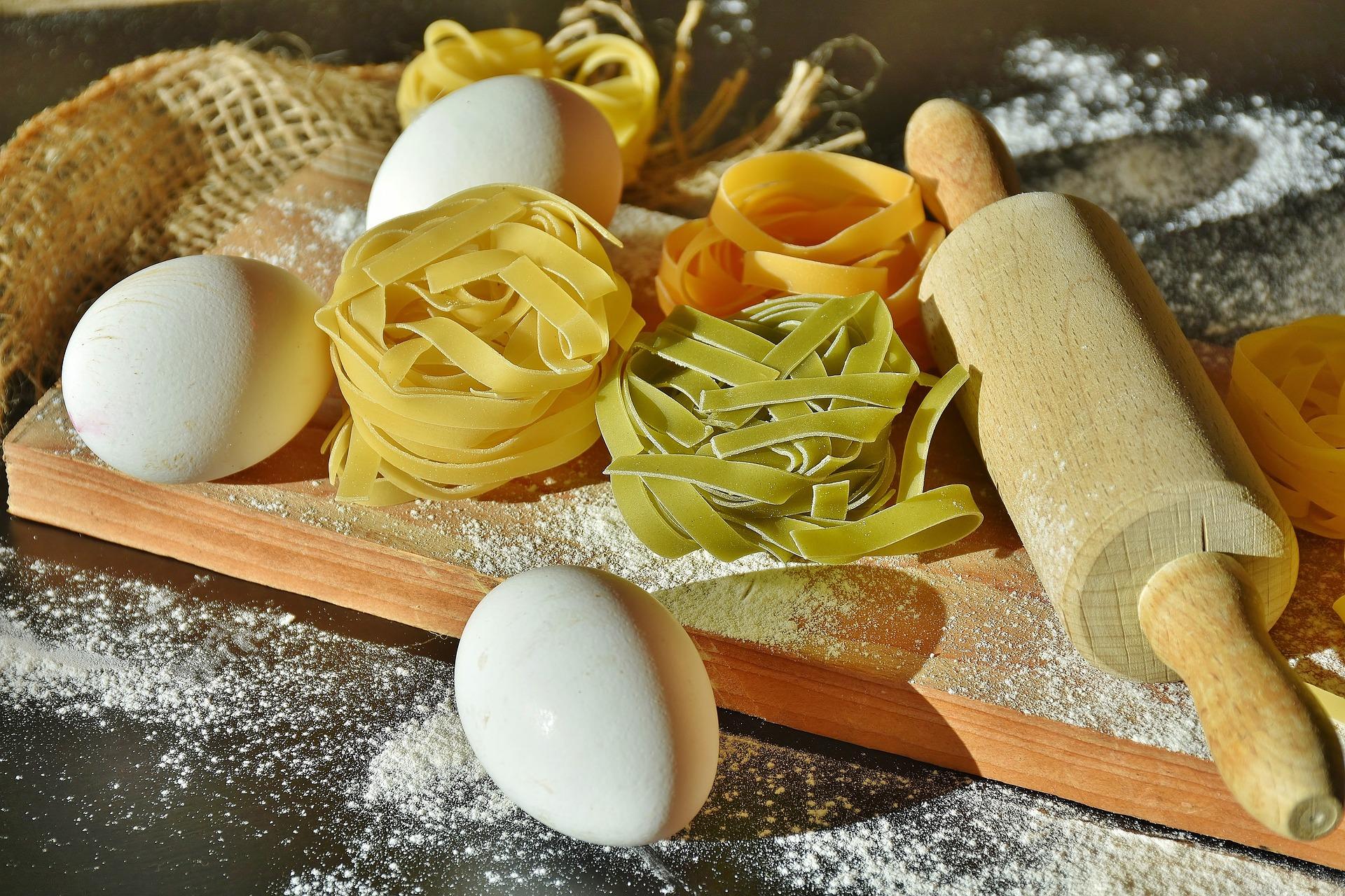 noodles-2321655_1920.jpg
