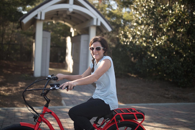 girlonbike_2-1872377.jpg