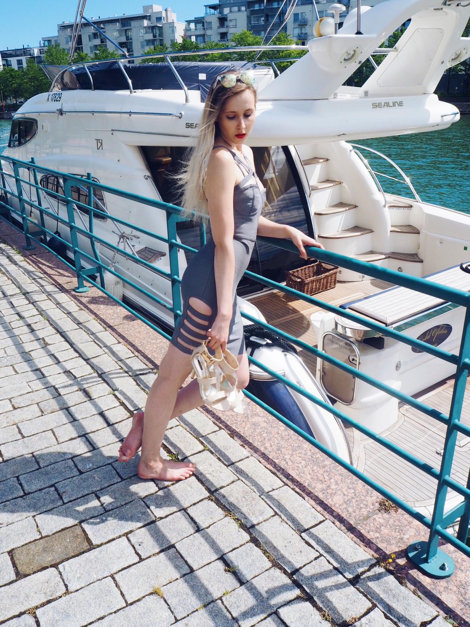 yachtmodel-3.jpg
