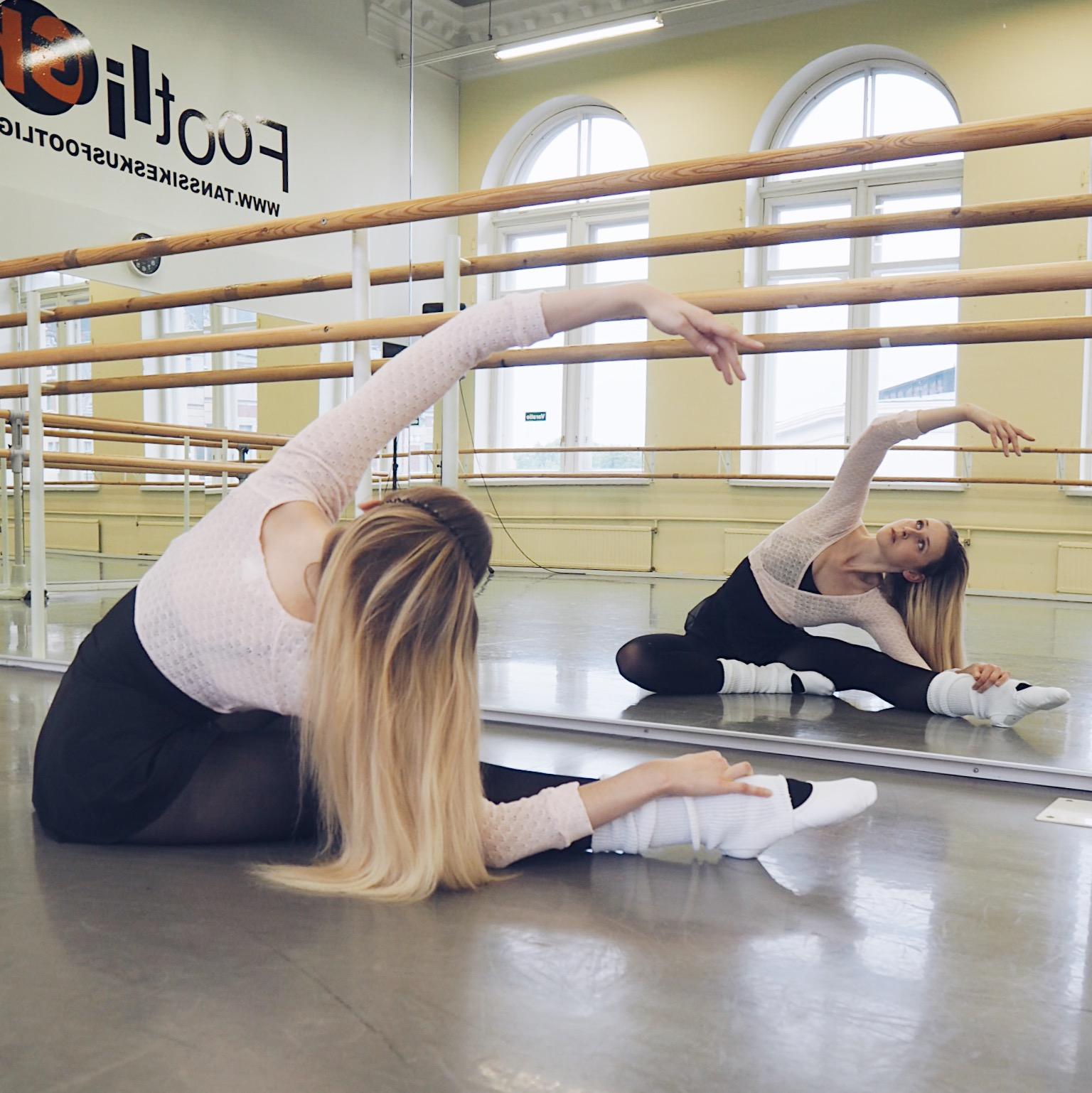 footlightanssikoulu_baletti-2.jpg