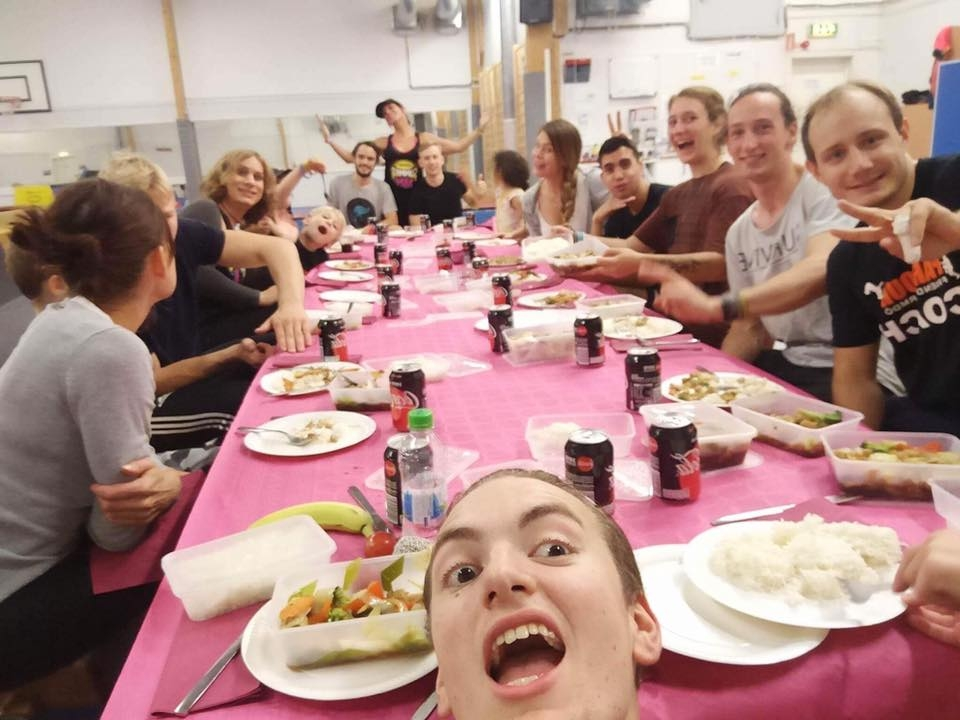 Nando Parkour - Germany - Vi hade besök av Team Nandu på Parkour Friends på Värmdö i fem dagar. Vi kommer tillsammans med Milan Monkeys & Nando Parkour söka EU- bidrag för att kunna påverka ungdomarna till ett hälsosamt liv fyllt av rörelse och lycka och inte droger!