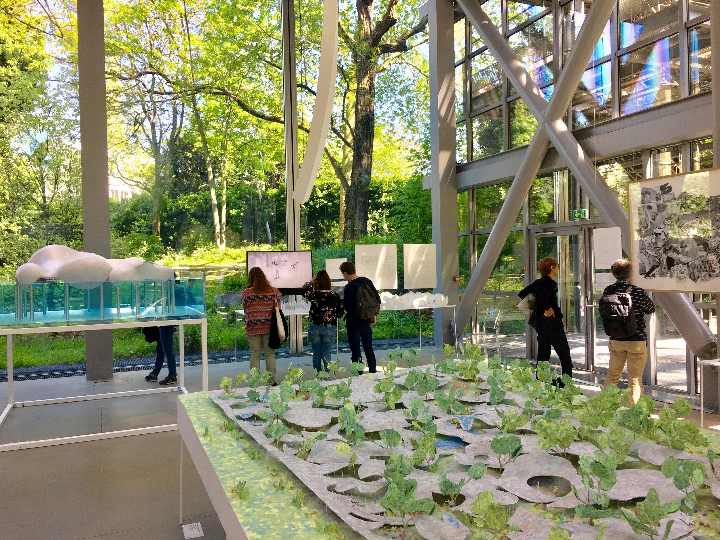 Vue de l'exposition Junya Ishigami Fondation Cartier Photo Mouche Cousue