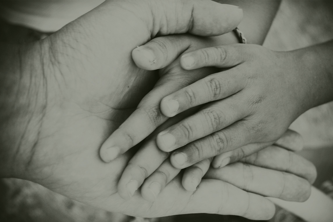 Handen groen.jpg